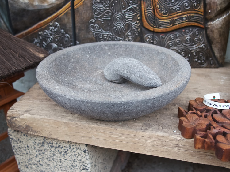 Side grinding Mortar & Pestle Borobodur - Java small $30<br> large $50