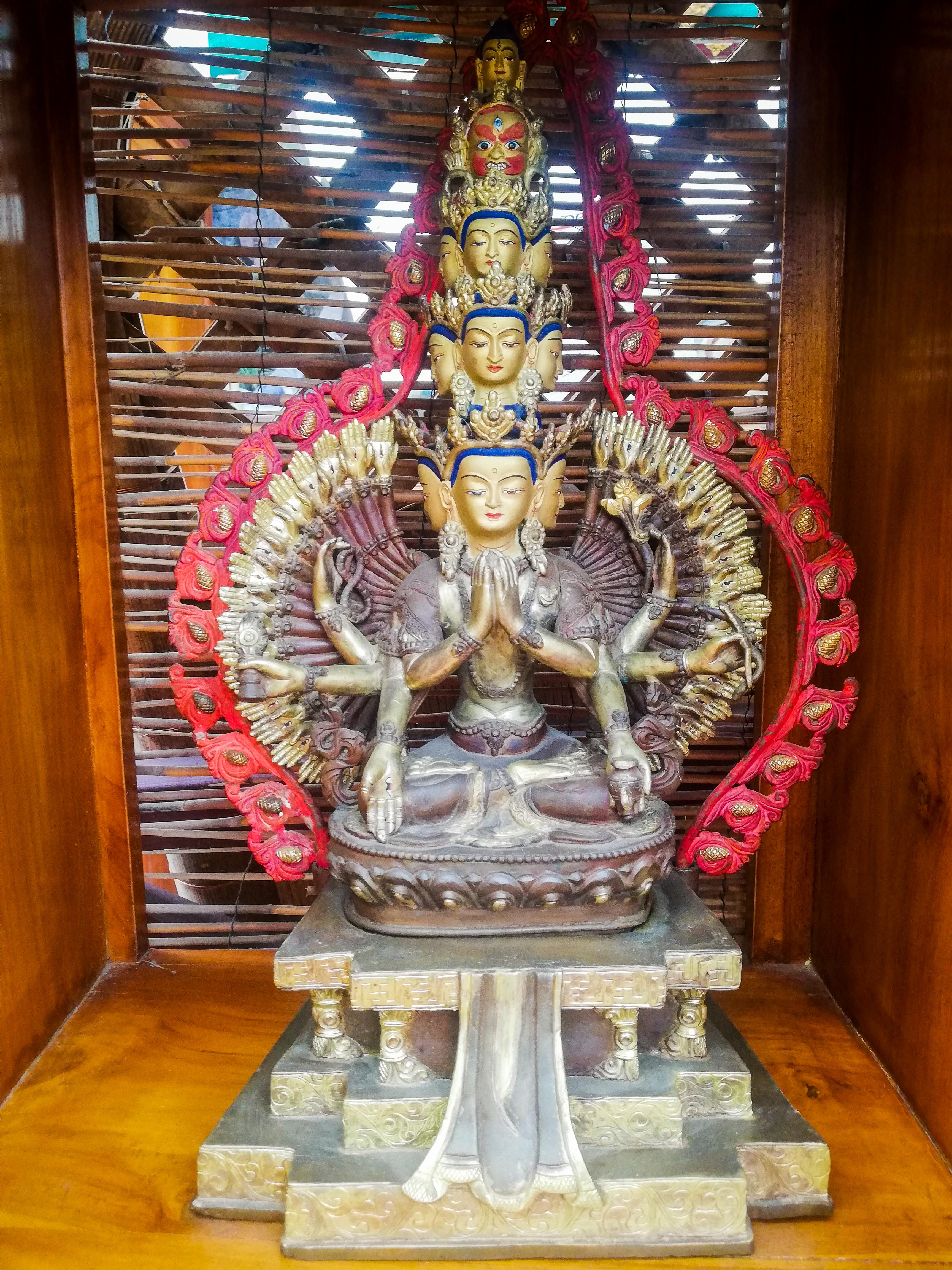 Bodhisattua Avalokiteshvara <br> Tibetan Buddhist <br> Bronze Nepal <br> $1150